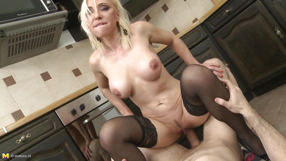 Sexy pigtails glamour amateur