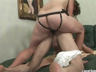 pegging spyfam kissing Hairy