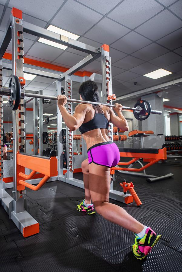 Oiled gym solo brunette