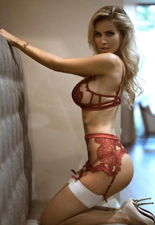 sex cute blonde Lingerie