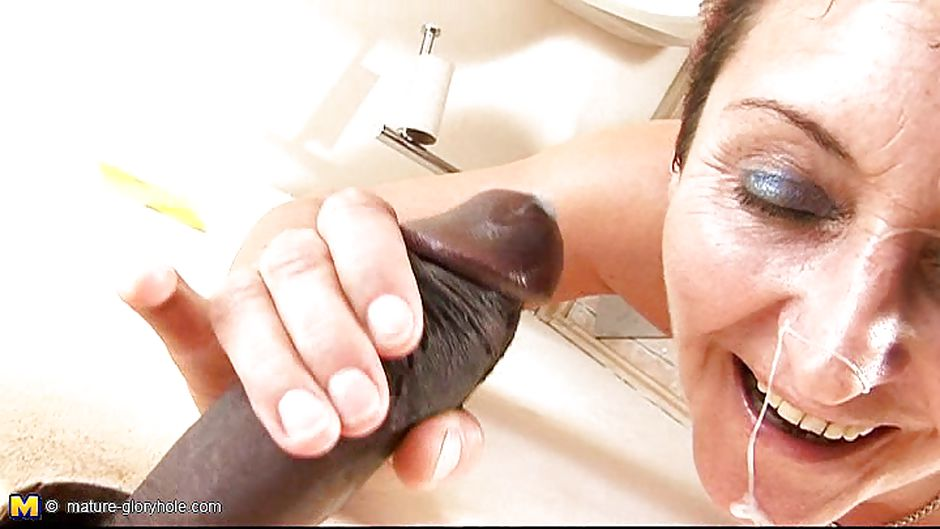 Torture pussy eating gloryhole office